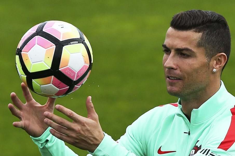 6031f99dd5d27 Camisola de Cristiano Ronaldo