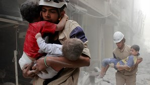 Violentos combates registados no leste de Alepo