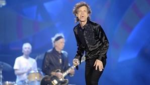 Mick Jagger vive triângulo amoroso