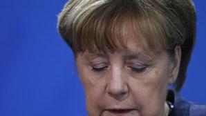 Merkel envia condolências a Putin pela queda de avião militar