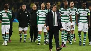 Bruno de Carvalho aperta jogadores com cortes