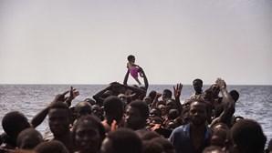 Alemanha deixa de transferir migrantes para a Hungria