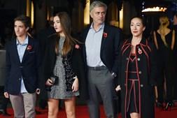 Mourinho com os filhos e a mulher