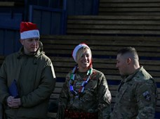 No Afeganistão, as tropas comemoraram a quadra
