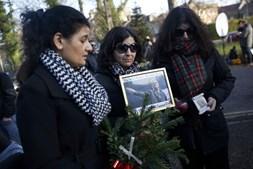 Fãs prestam homenagem a George Michael
