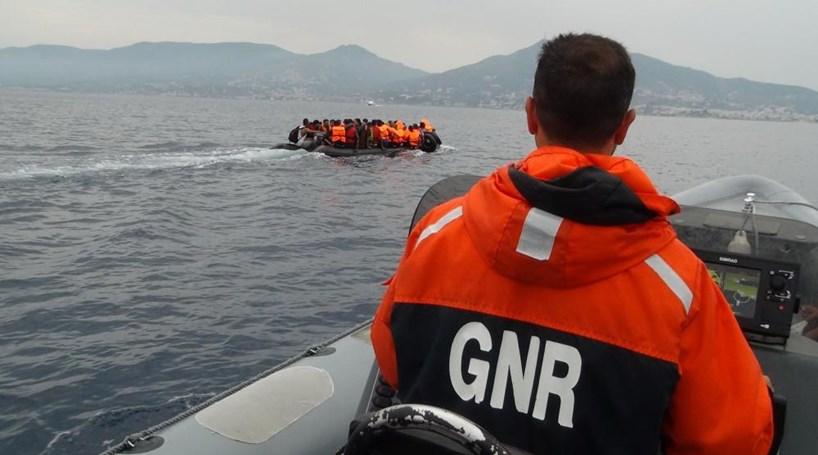 Resultado de imagem para GNR deteta 70 migrantes em Samos, na Grécia