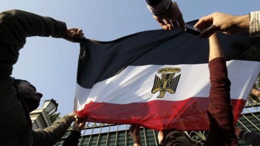 Canal é acusado pelas autoridades egípcias de apoiar o movimento Irmandade Muçulmana