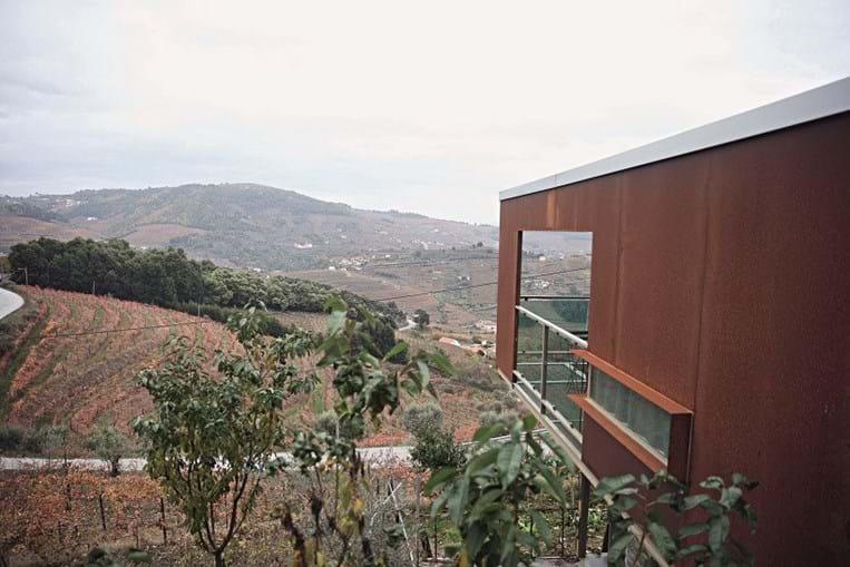 As Casas de Campo Vila Marim localizam-se em pleno Douro vinhateiro, no concelho de Mesão Frio
