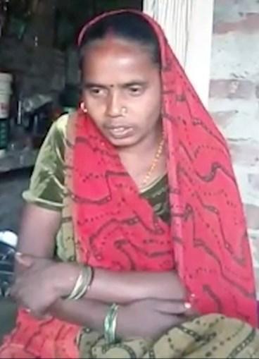Manjhir Devi, de 34 anos, diz que recusa sexo ao marido por este chegar a casa sempre bêbedo