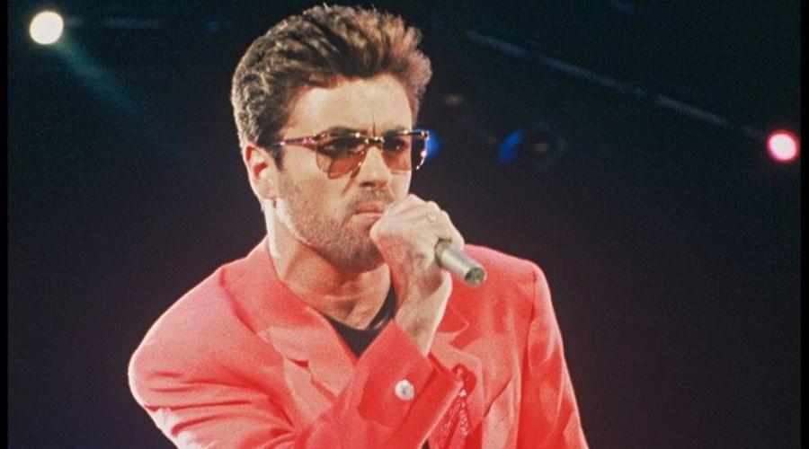 O cantor George Michael morreu no dia de Natal, aos 53 anos