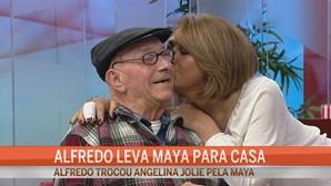 Alfredo leva Maya para casa