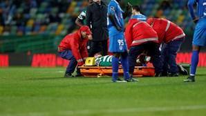 Adrien hospitalizado devido a lesão na zona cervical