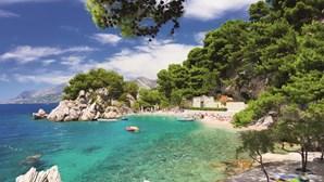 Brela, um pequeno paraíso  perdido na Croácia