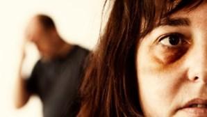 Polícia atinge mulher em discussão sobre divórcio