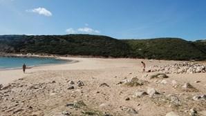 Duas novas praias aptas para banhos