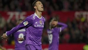Sevilha 'de luxo' derrota Real Madrid