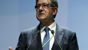 """Carlos Magno espera que sucessor na ERC """"seja um jornalista"""""""