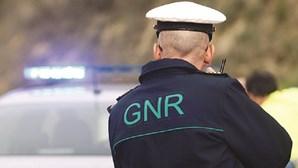 GNR multa condutora em Évora por circular sem máscara com passageiros fora do agregado familiar