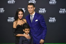 Georgina Rodríguez e Cristiano Ronaldo mantêm uma relação