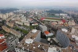 Vista da cidade a 92 metros de altura, na torre do lidador, junto à Câmara