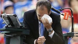 """Árbitro da Taça Davis diz que deixou o 'court' """"com a cara de Rocky Balboa"""""""