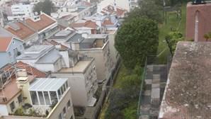Moradores do 104 da Damasceno Monteiro retirados