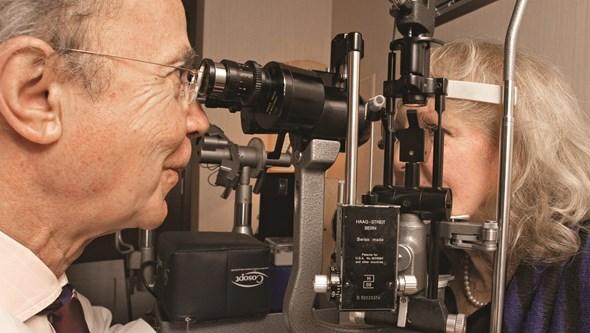 Presbiopia: dificuldade em ver ao perto aumenta a partir dos quarenta anos