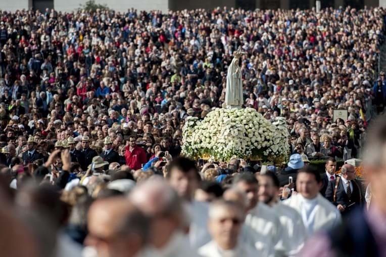 Aparições de Fátima fazem em maio 100 anos. Papa Francisco vem a Portugal nessa altura