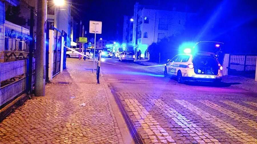 Crime ocorreu na rua João de Deus, em Almancil, em março de 2016