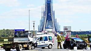 Violenta colisão causa sete feridos na EN125
