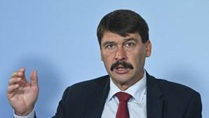 Presidente da Hungria reeleito para novo mandato de cinco anos