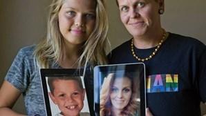 Mãe e filho trocam de sexo e são agora pai e filha