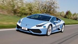 Novo carro da polícia italiana atinge 300 quilómetros por hora