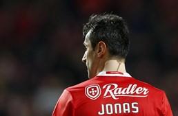 Jonas tem 33 anos