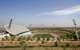 La Peineta em 2005, quando era destinado a servir como estádio olímpico