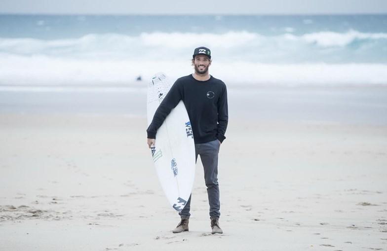 Frederico Morais, conhecido como Kikas, é o segundo português a fazer o circuito mundial de surf