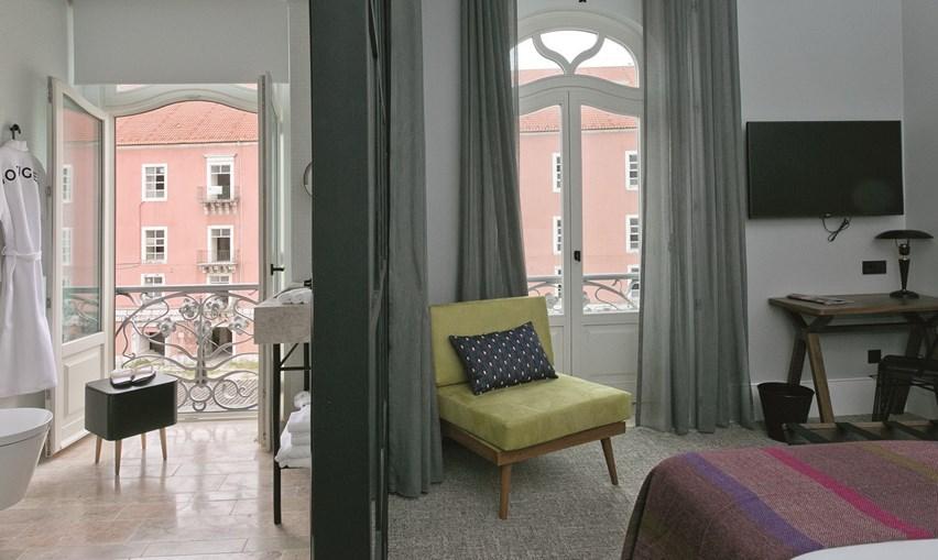 O Intendente tem um novo hotel, nascido num edifício arte nova reabilitado e onde o minimalismo e a irreverência se encontram