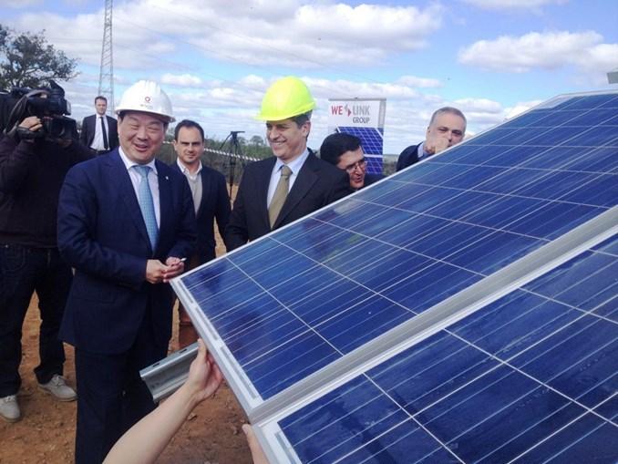 Grupo chinês vai investir 200 milhões de euros em Alcoutim, na maior central solar da Europa, sem tarifa subsidiada