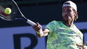 João Sousa desce ao 110º lugar do 'ranking' ATP liderado por Novak Djokovic