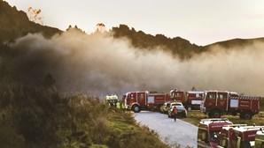 Explosão desfaz famílias em fábrica de pirotecnia