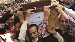 Terrorismo condiciona visita do Papa Francisco
