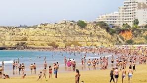 Páscoa leva milhares a correr para as praias