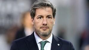 Bruno de Carvalho que expulsar do Sporting Pereira Cristóvão e João Paiva dos Santos
