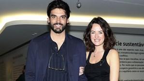 Mariana Pacheco troca namorada por ator