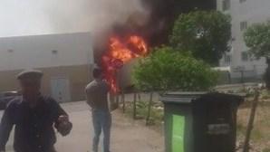 Veja as duas explosões após queda de avioneta