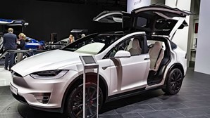 Tesla abriu loja em Portugal