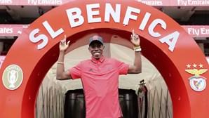 Benfica contrata vice-campeão mundial do triplo salto em 2015