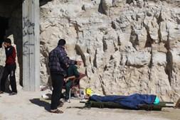 Ataque com gás venenoso faz dezenas de mortos na Síria