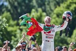 Piloto português ficou eufórico com a vitória em Portugal