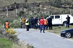 No local continuam mais de 80 operacionais, apoiados por 9 viaturas, de 9 entidades diferentes